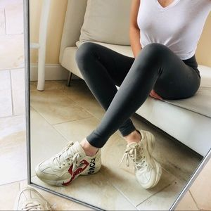 VINCE Stitch Back-Seam grey Leggings